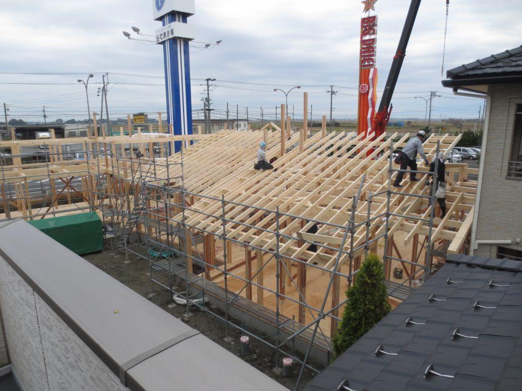 木造の屋根じまい